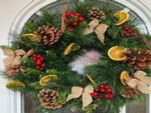 Bewitching PreLit Scented Christmas Wreath